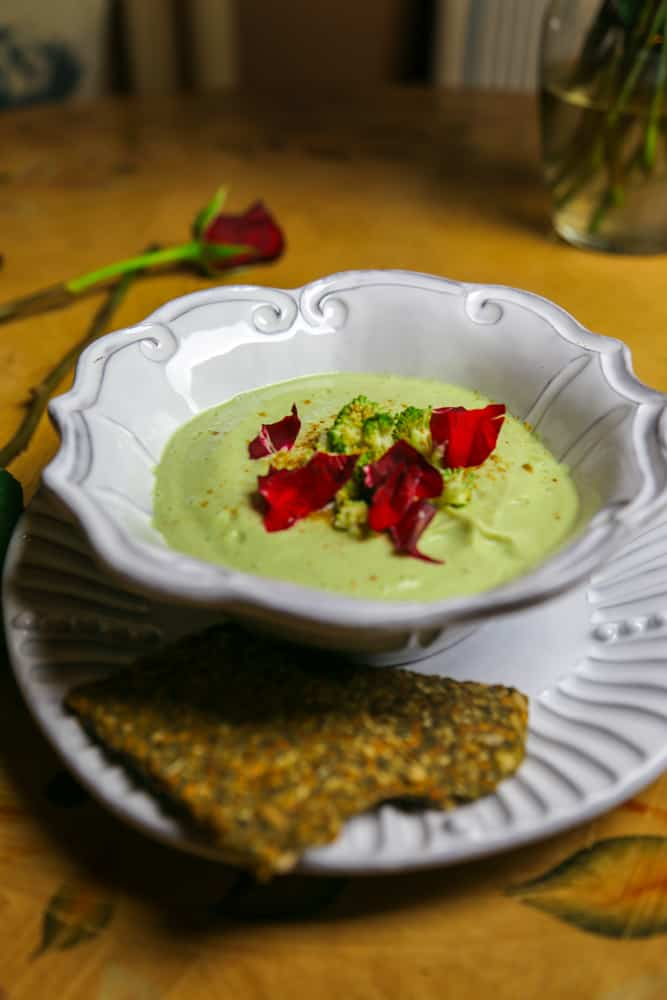 5 minute raw broccoli soup eating works these hydrating and predigested meals are the perfect addition or in my opinion a main course for breakfast lunch or dinner forumfinder Image collections